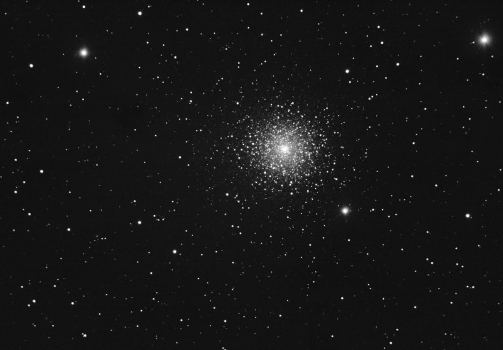M15, 100x5 seconds stack