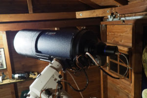 Telescope installed in the shed