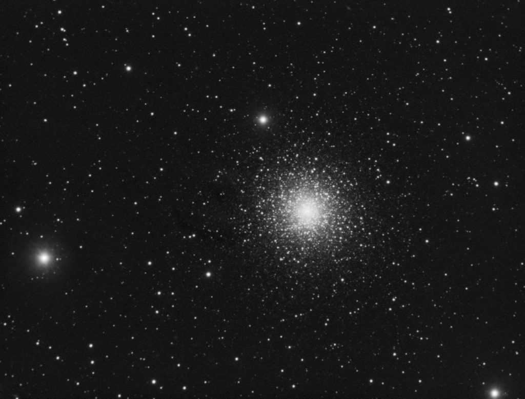 M15 globular cluster in Pegasus. 8x2 minutes of luminance