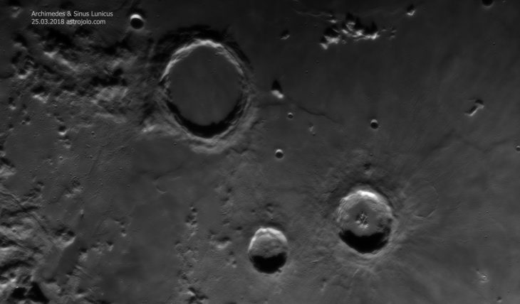 Sinus Lunicus surrounded with well known crater trio: Archimedes, Aristillus and Austolycus