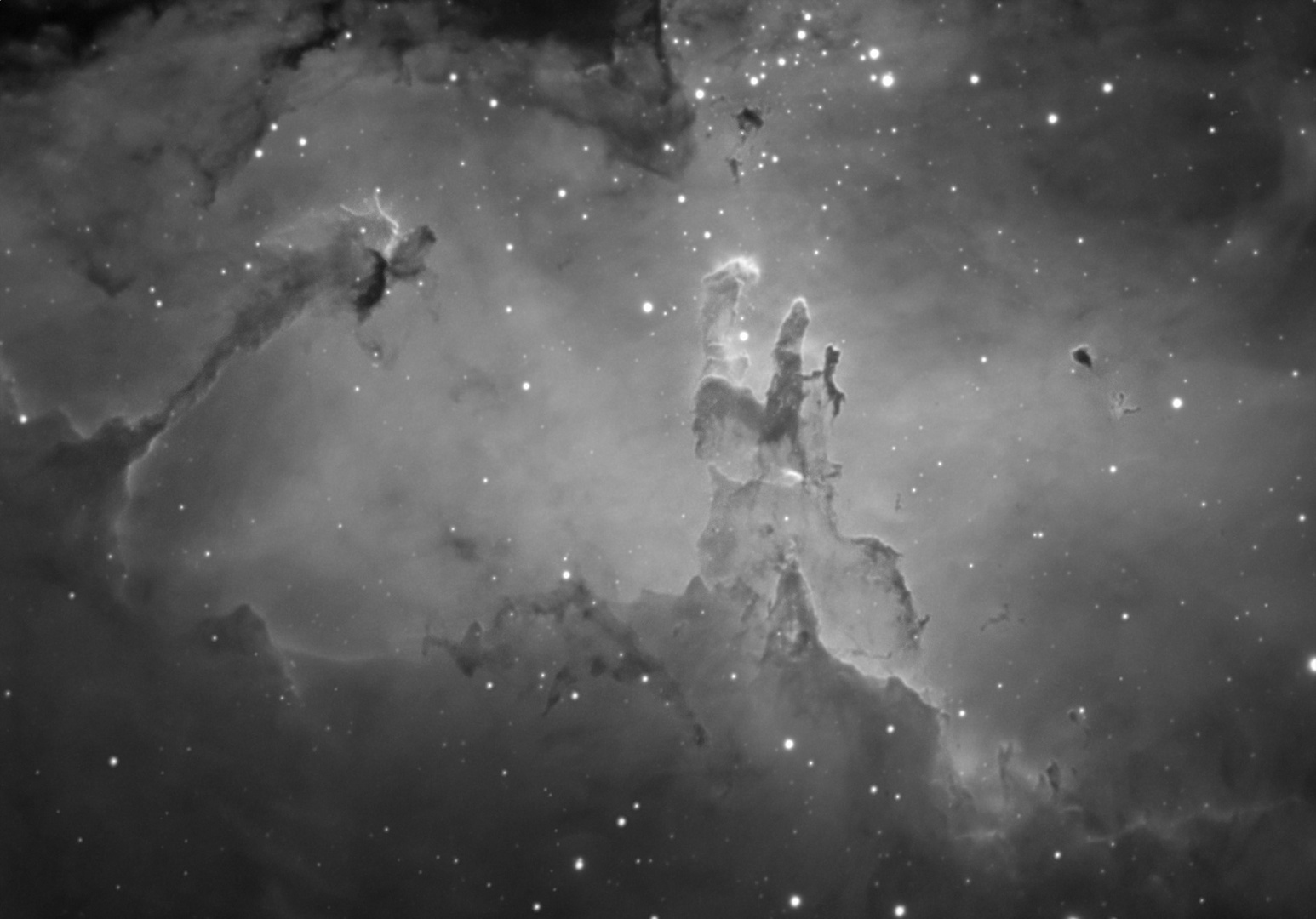 High resolution image of M16 Eagle nebula center