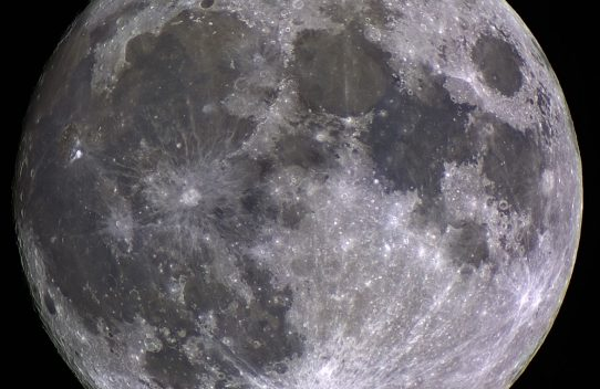 Processing color Moon images